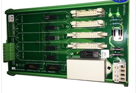 Tarjeta de control BPHM64-A marca Honeywell